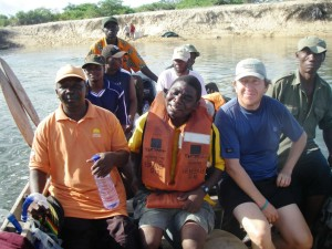 mozambique Mauricio Castro with Fishery Department and local fishing associations on a study tour 2007 @Matt Brown